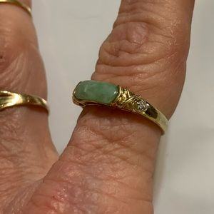 Jewelry - GOLD DIAMOND AND JADE BAND RING